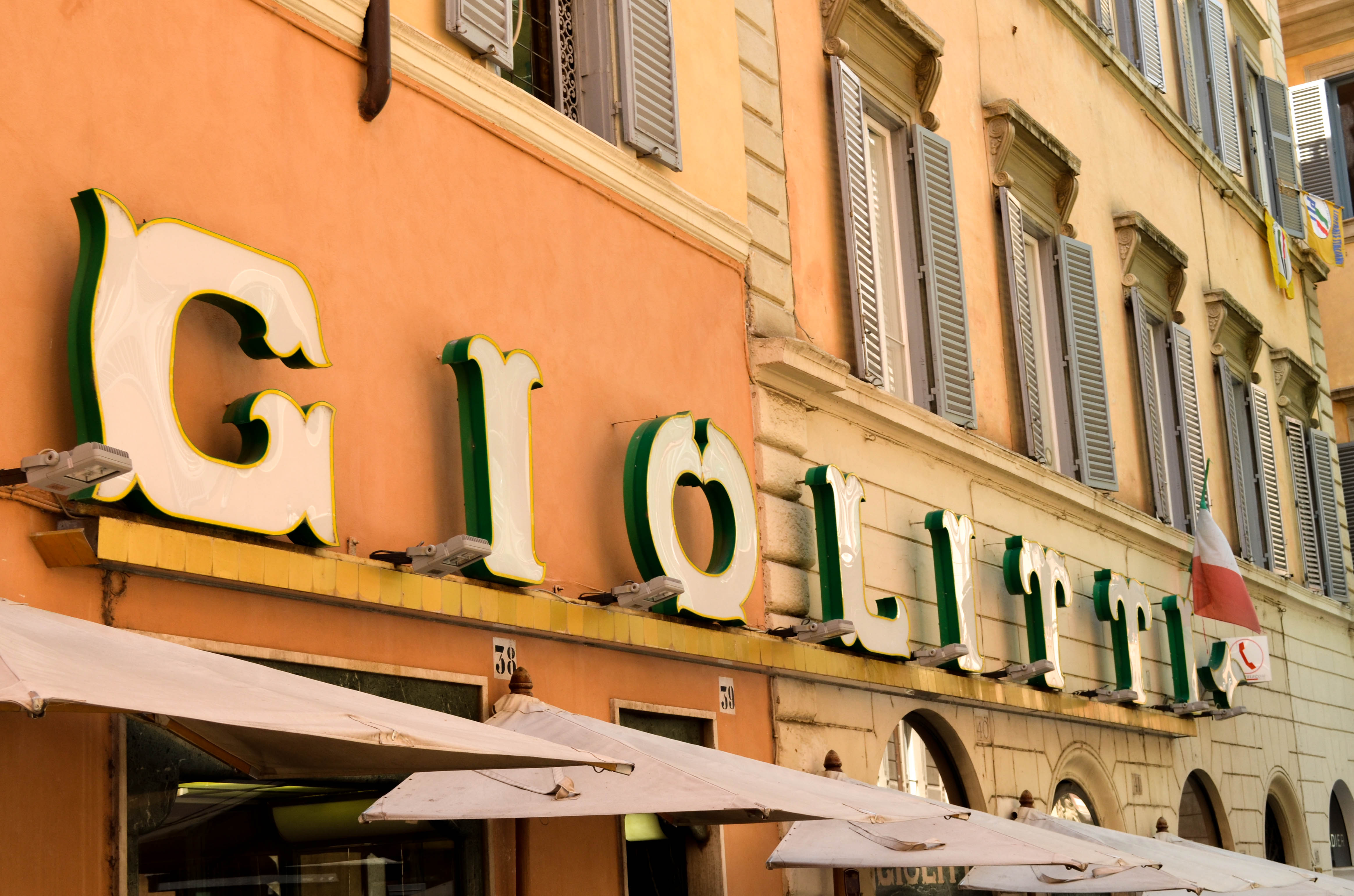 The oldest gelato in Rome, Giolitti