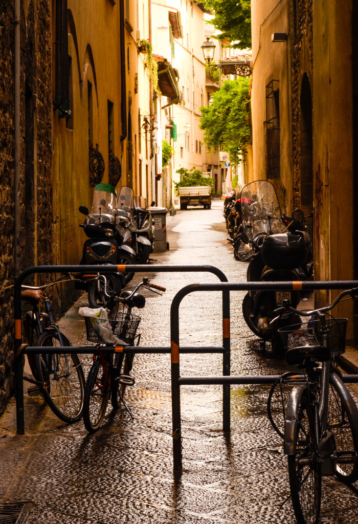 Santo Spirito, Florence, what to do in oltrarno, street photography
