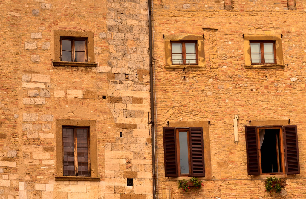 enchanting hilltop town of San Gimignano, The Best of Tuscany Tour, Walkabout Florence