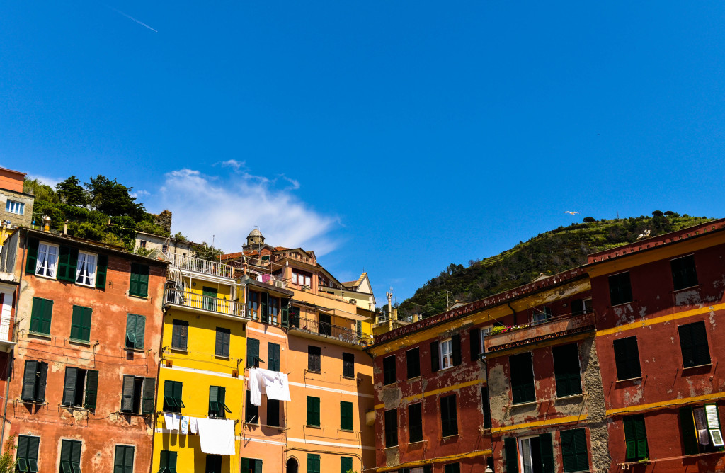 vernazza, Cinque Terre Trek, A hiking day trip along the Italian Riviera, Walkabout florence tour