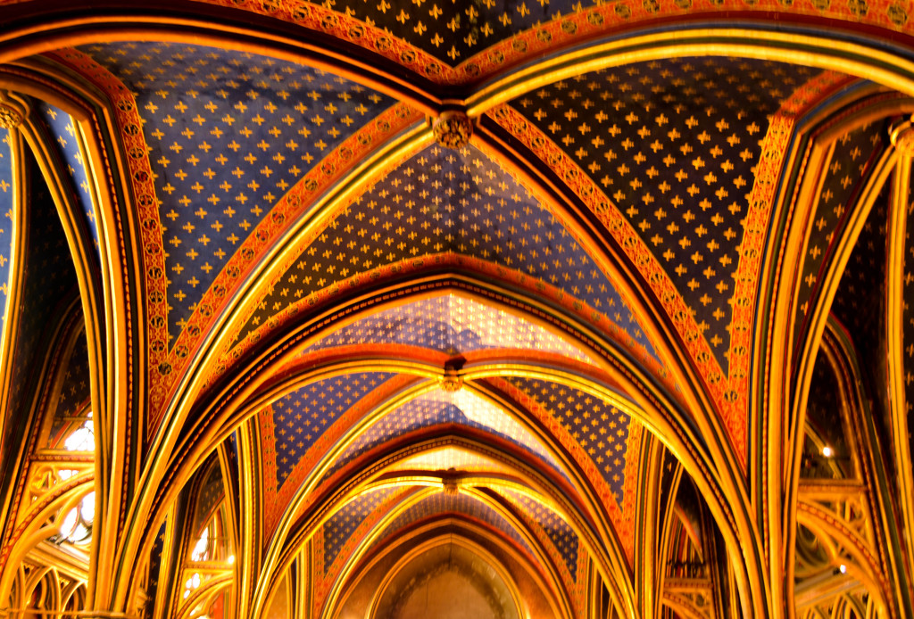 Sainte-Chapelle, paris, 5 day itinerary in paris, france, confused dasher, beautiful church architecture in Paris