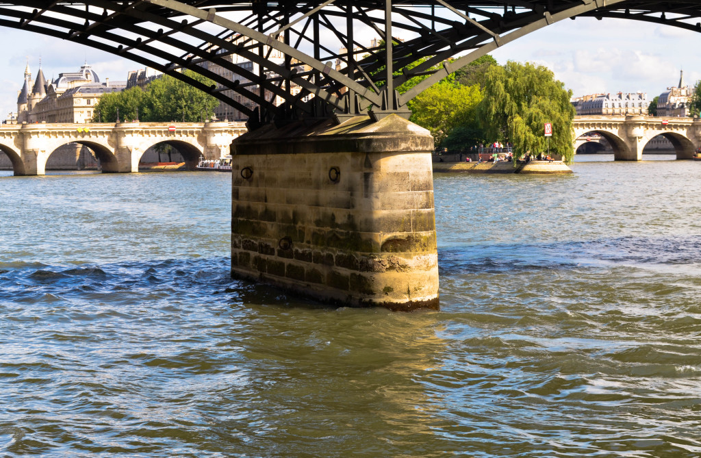 pont des arts, paris, paris 5 day trip report , confused dasher